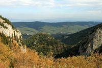 pohlad na zdiar a monkovu dolinu spod sirokeho sedla