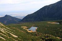 dolina bielych plies z predneho kopskeho sedla, v pozadi mala svistovka